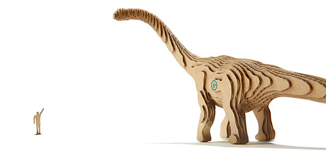 "Brontosaurus | M: 13.6"" (345mm)  L: 31.7"" (804mm)  XL: n/a"