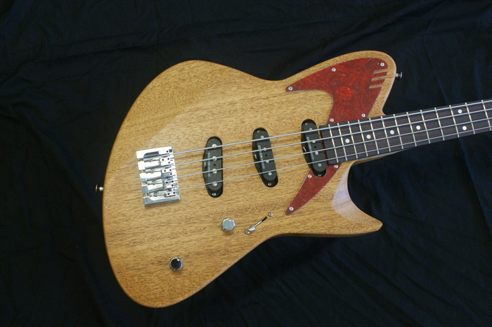 Retronix R-800b Bass Prototype