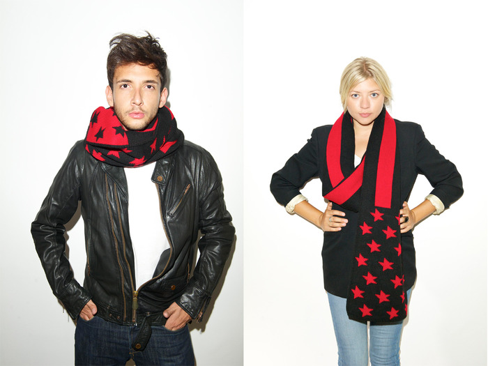 The Votary / Black Red (VNY1002 Flag Scarf)