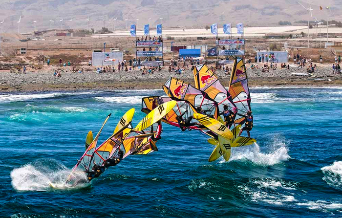 Kai Lenny sticks a forward loop at the Red Bull Rockets competition. Landings routinely exceed 10G's in high impact sports like windsurfing yet XensrCase can precisely track jump heights.