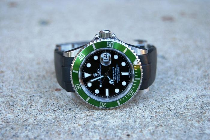 The Everest Band on the Rolex Submariner LV