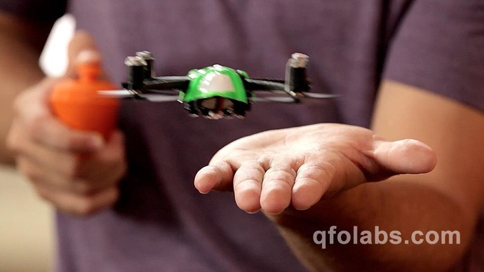 Single handed control lets you fly the NanoQ copter right out of your hand