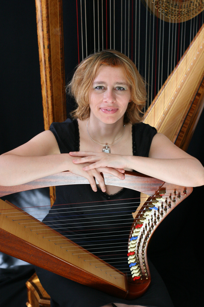 Isabelle Olivier, harp (photo credit:Ursula K)