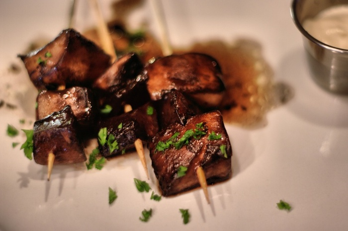 portabella marsala skewers. PHOTOGRAPHED BY KARPOV WRECKED TRAIN