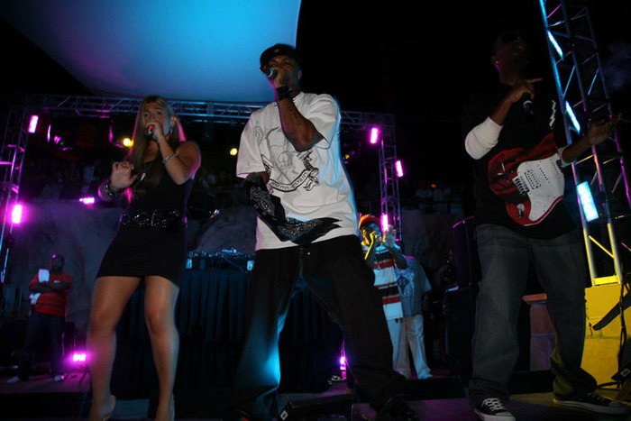 Lanz Pierce & Three-Six-Mafia perform for the Vma pre show Las Vegas