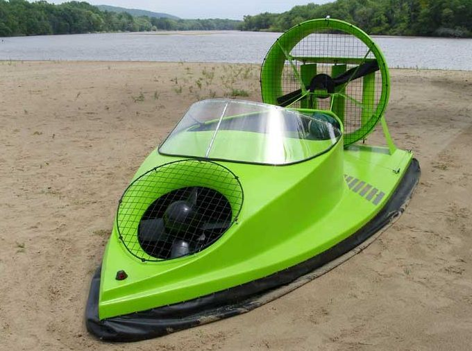 Hovercraft - Bob Windt's design.