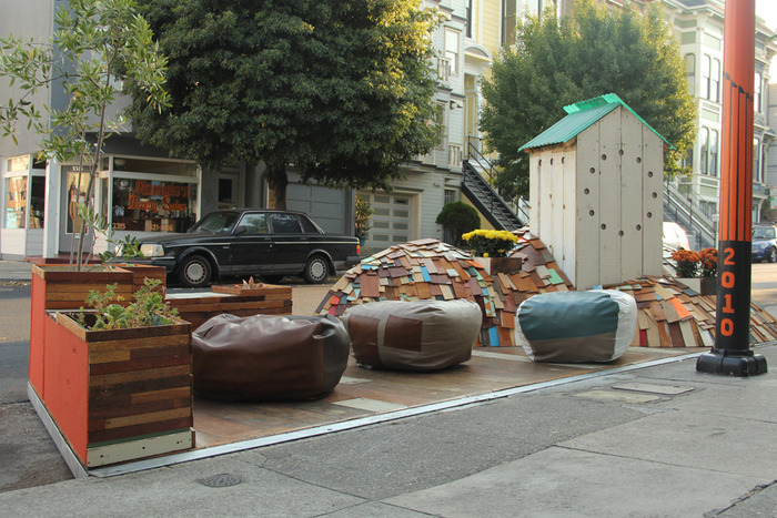 Fabric8 Parklet's First Installation by Erik Otto