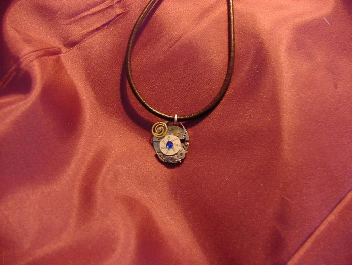 Example of a clockwork pendant