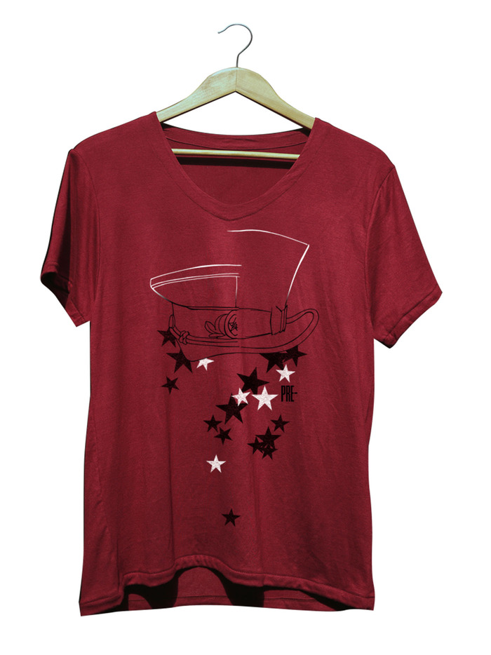 CAMBRIDGE FIVE - CABERNET V-NECK