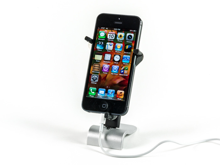 Pocket Tripod and Tripod Mount with the iPhone 5 as a desk stand