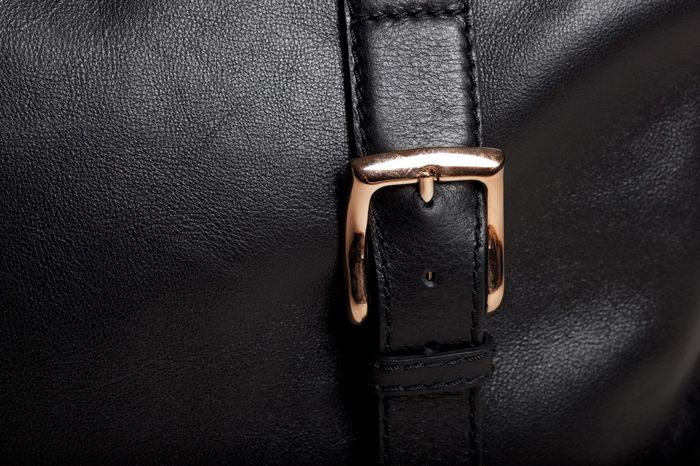 YKK Oro Rosso zip on Women's edition