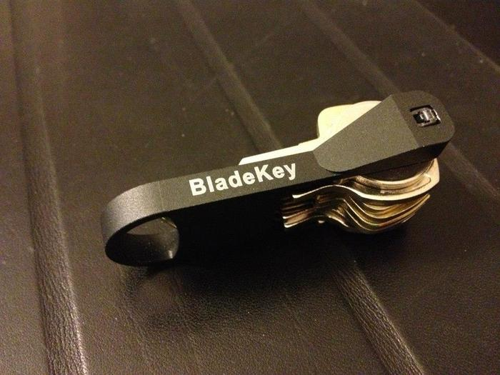 BladeKey N9 - Black Anodized Aluminium Prototype with 9 Keys