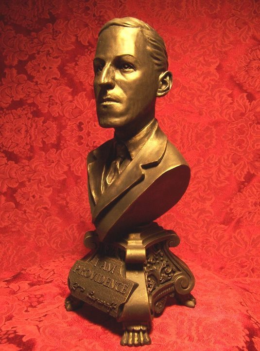 HPL bust by Bryan Moore of Arkham Studios, for Benefactor of the Dark Arts, First Branch backers