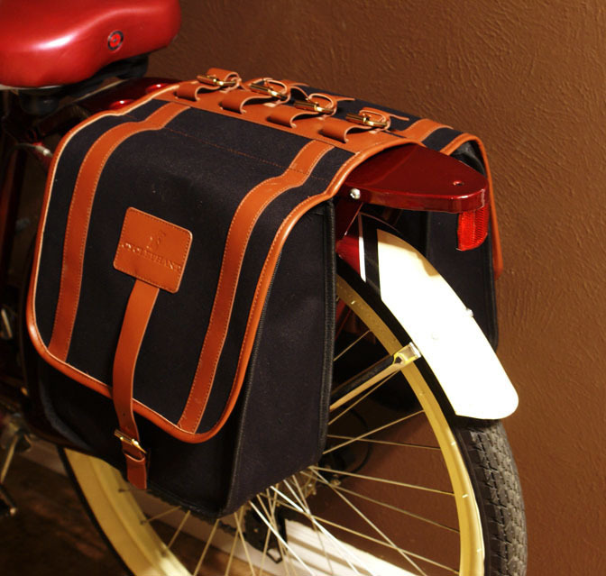 "The ""Paris"" Pannier"