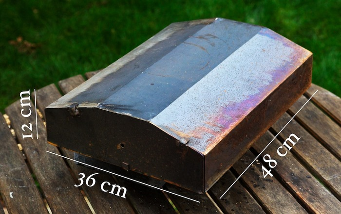 Dimensions of the oven are 12x36x48 cm (ration of 1:3:4) which I think creates a nice balance. Unlike this prototype, Uuni will be made of stainless steel and will have a black paint finish.