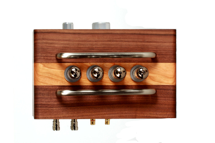 BlueTube Amplifier Top (Looks good from here too)