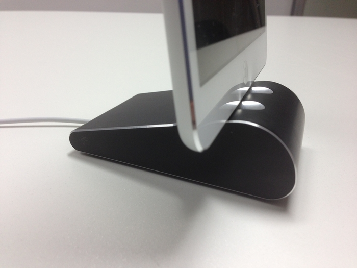 iPad mini with black Fine Dock, with great details