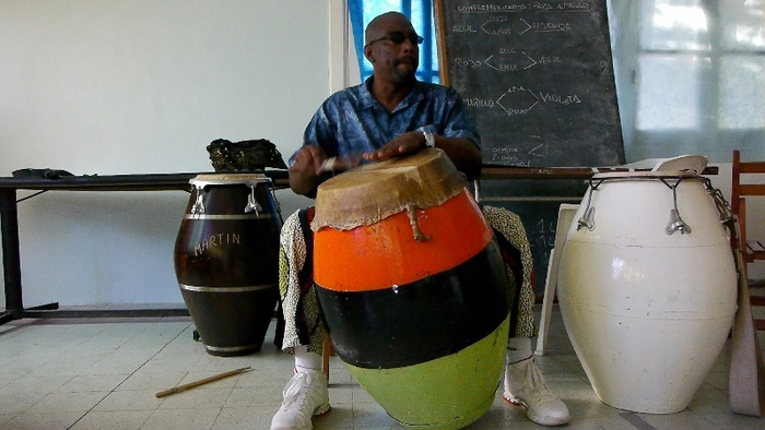 Sergio Ortuño teaches a candombe class on the outskirts of Montevideo