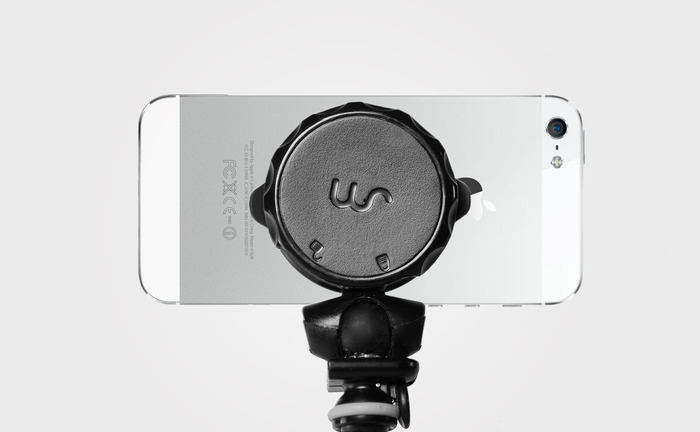 Smartphone Tripod Mount with iPhone 5