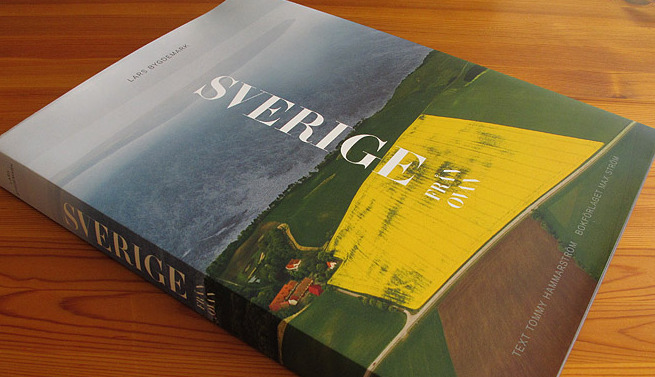 Sweden from above, a magnificent table-top book by Sweden's top aerial photographer Lars Bygdemark.
