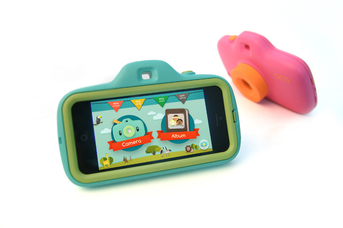 ACA Camera Kit comes with a case and app that converts an iPhone 5 into a camera for kids