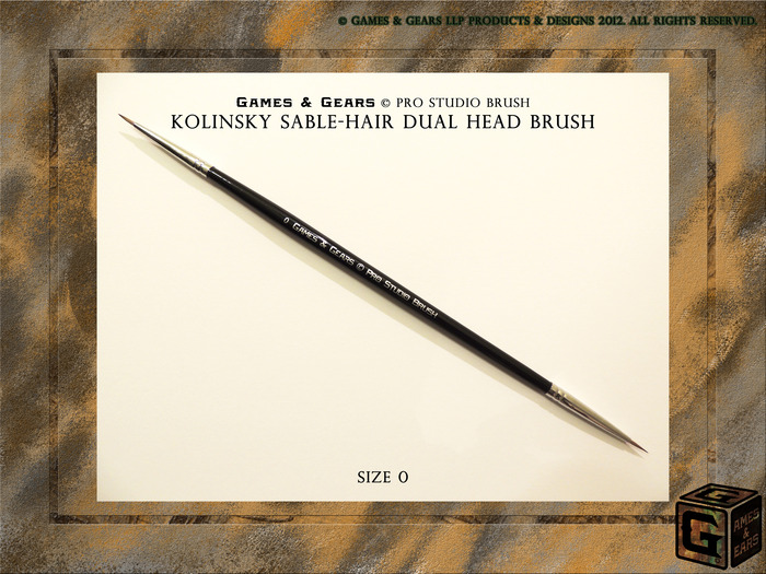 Games & gears Pro Studio Brush Size 0. Great for painting extra detail on faces, belts, straps and more!