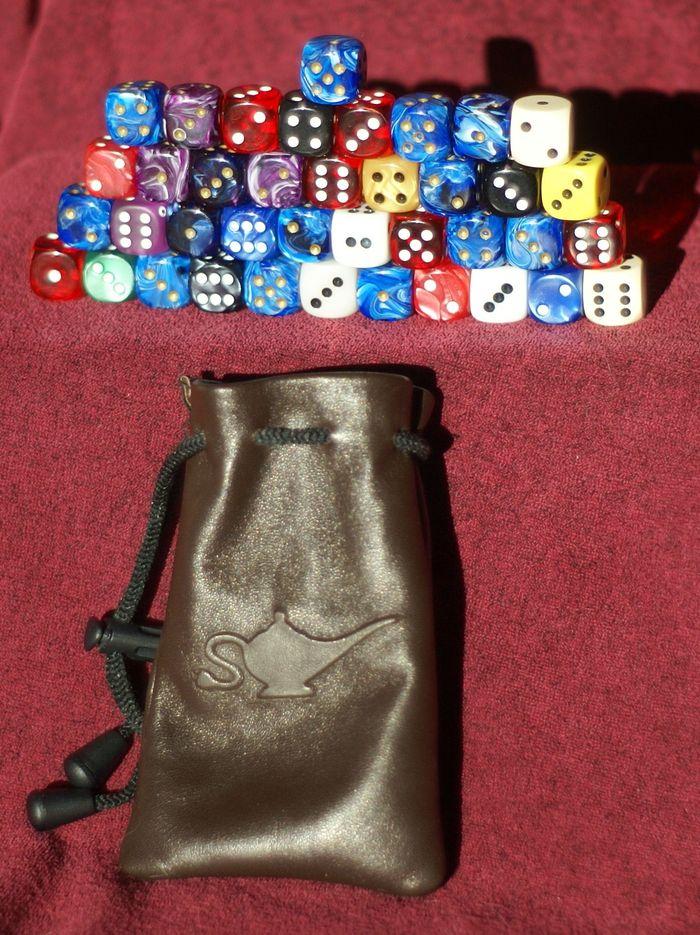 Thirty-nine dice in the Medium bag
