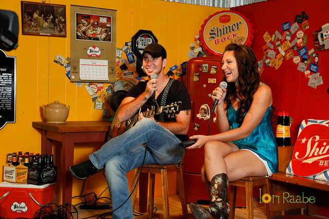 Neil at Shiner Sessions w/ Host Katie Lee
