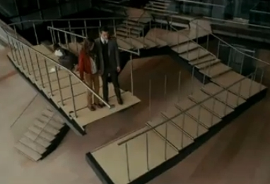 Paradox stairs