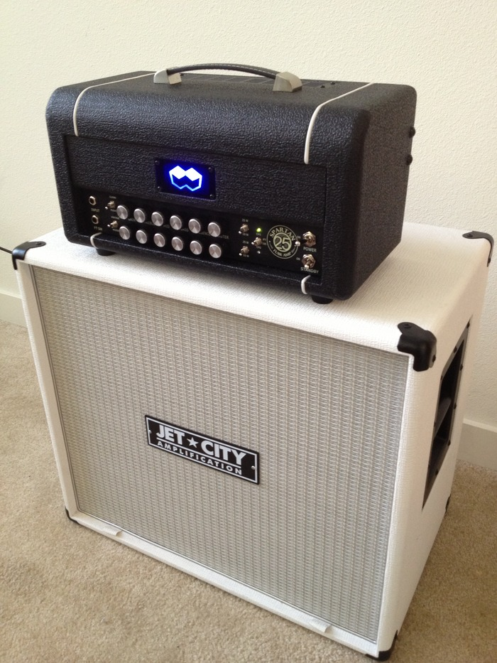 This will give you an idea of the size of the head, sitting on a JCA American Custom 1x12.