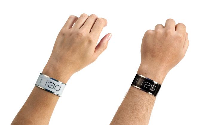 每日一配:世界上最薄的手表CST-01