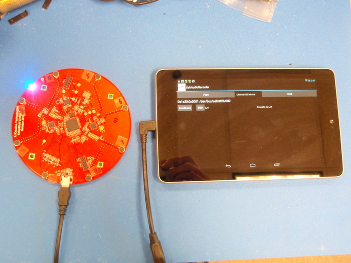 CrispMic-3D (PCB shown) recording on Nexus 7
