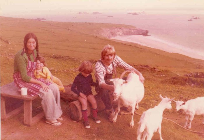 My mother Lesley, father Roger, brother Daniel and myself together with Linda our white-bearded Saanen goat on the otherwise unpopulated Great Blasket Island.
