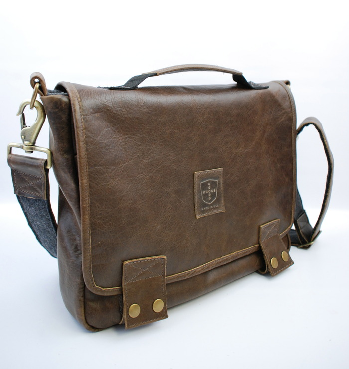 The Standard 06 Messenger in Walnut Leather and Brass Hardware