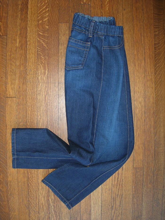 'SENSORY JEAN' shown in color/finish: Bright Rinse