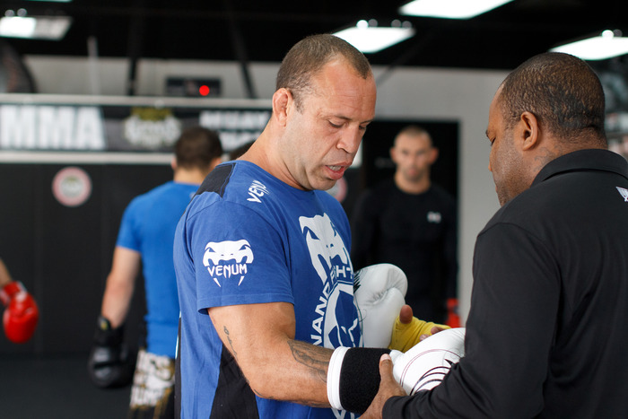 Top UFC Lightweight Wanderlei Silva training at Kings MMA!