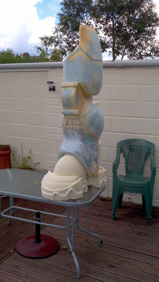 feet and legs sculpt as they will look when cast