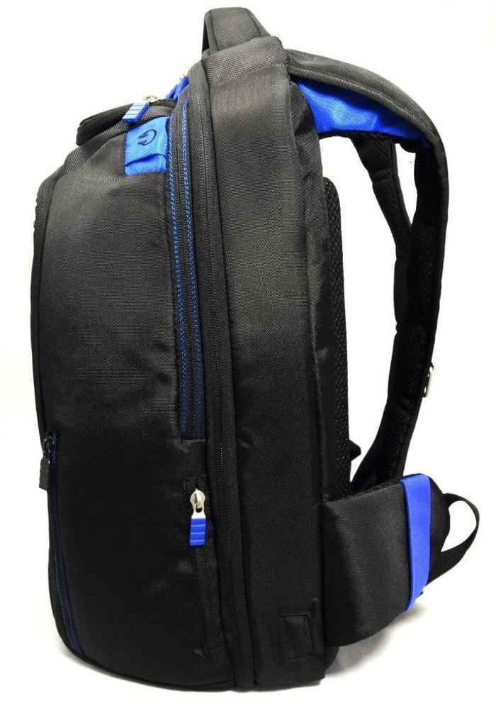 Side Profile of TYLT Energi Backpack