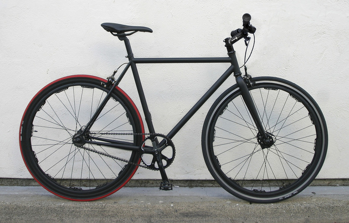 Revolights Sutro: A comfortable go-anywhere, climb-anything internally geared model. (previous Kickstarter campaign)