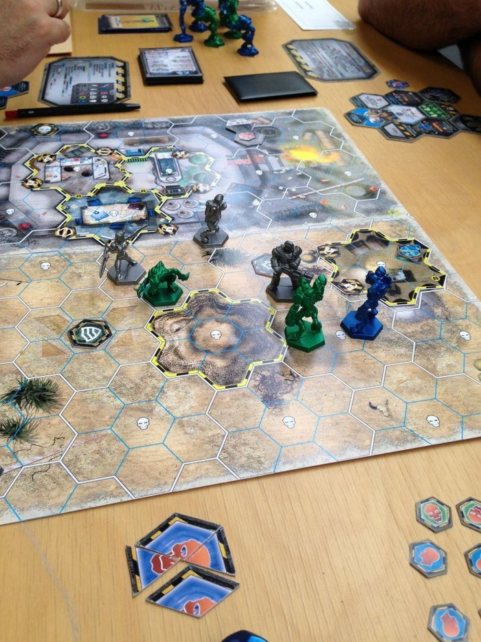 A preview of the game (with pre-production prototype components).