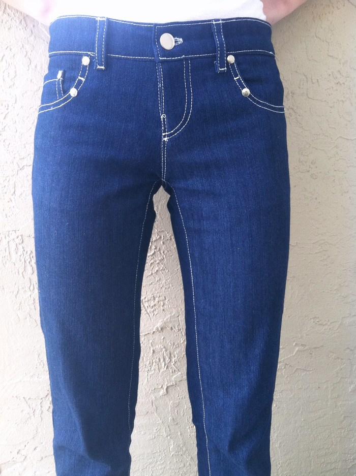 Front side Positive Pocket Jean