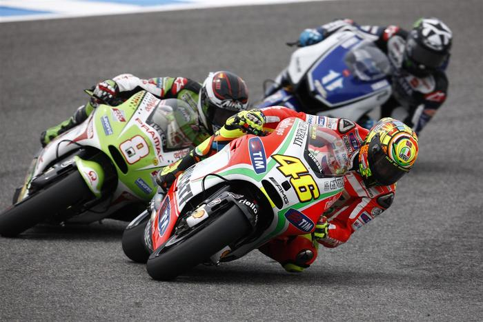 Valentino Rossi leadin' the way (photo by Andrew Northcott)