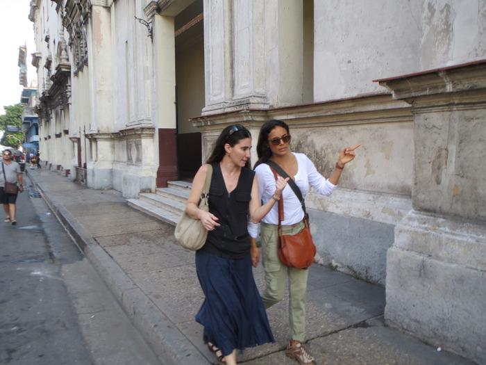 Yoani Sánchez y Kesia Elwin en La Habana, Cuba