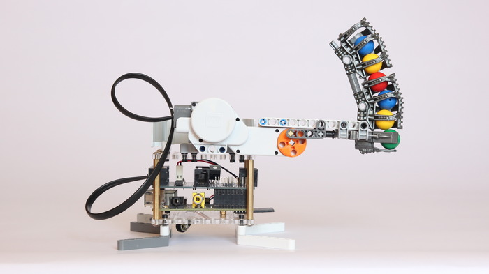 BrickPi LEGO Bricks with a Raspberry Pi Brain by Dexter Industries Kickstarter