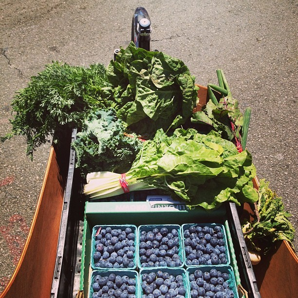 We source all our organic produce from the Santa Monica Farmers Market