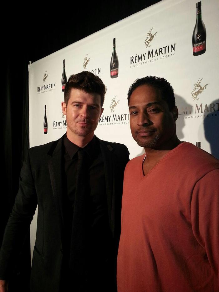 R&B SUPERSTAR- ROBIN THICKE