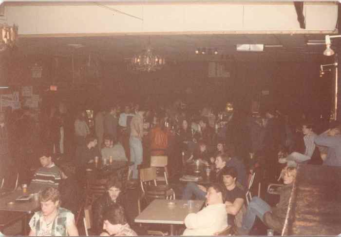 How many people remember actual tables and chairs at City Gardens?