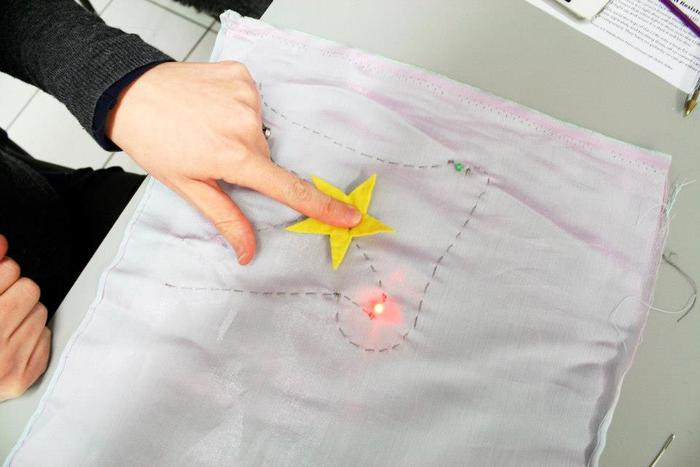 Soft Circuit workshop with Codasign