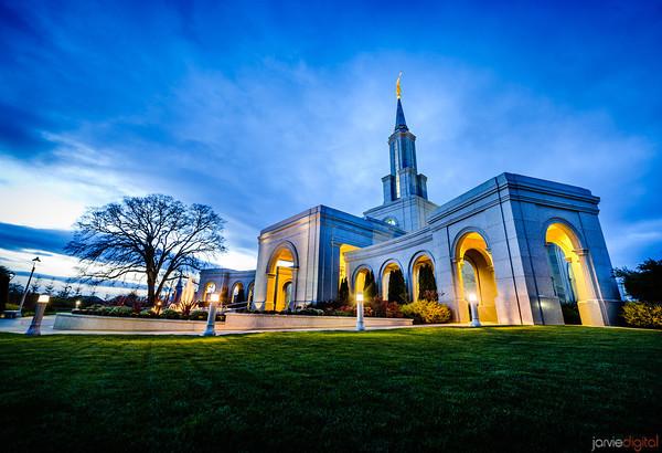 An LDS Temple in Sacramento