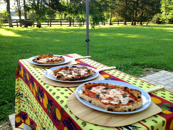 Imagine Neapolitan pizza in your backyard!